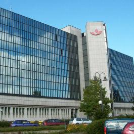 Sanierung mit Energiekonzept für ein Bürogebäude in Oberursel, entwickelt von Ingenieurbüro Klöffel